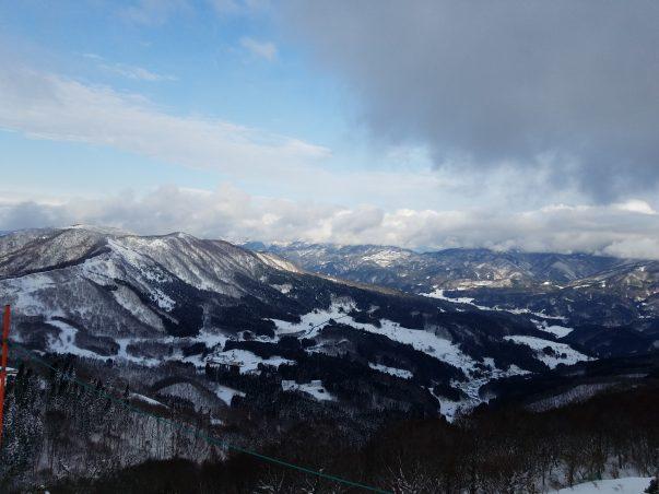 hachikita-snowboard